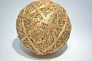 Sisalball, Kugel mit Rattan GOLD 13cm leicht beglimmert