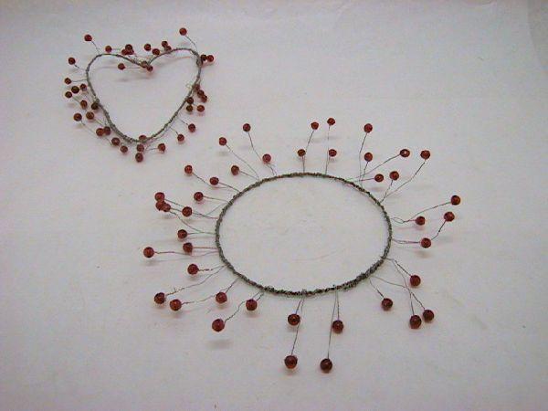 Kranz mit Perlen zum formen BORDEAUX 13/26cm