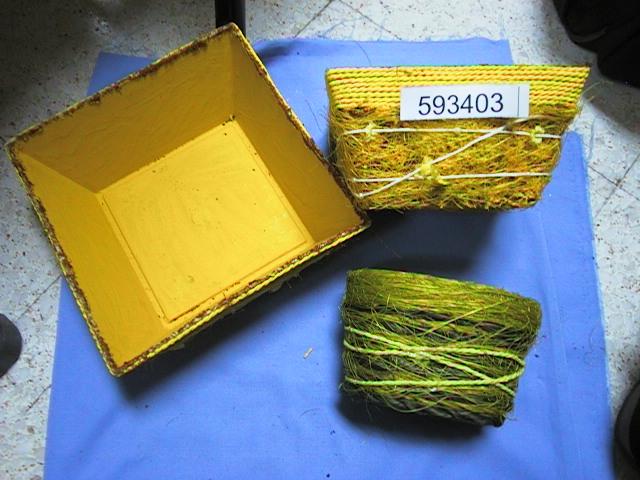 Schale quadr. GELB         15x15x8 cm