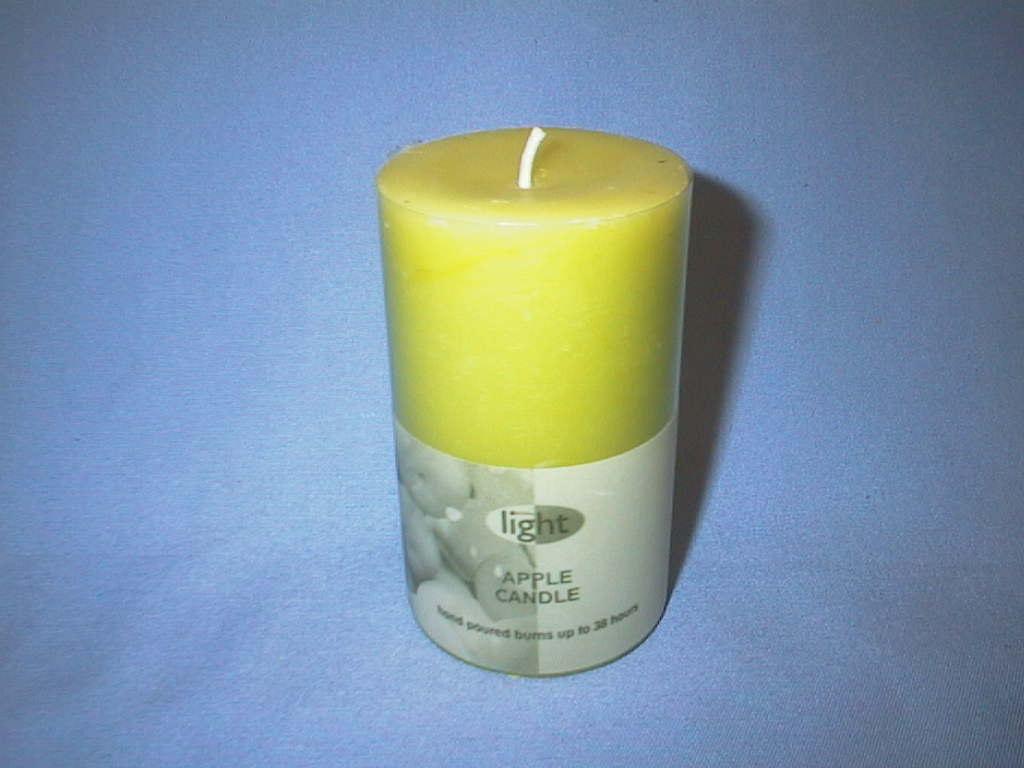 Kerze Apfelduft    140/70mm