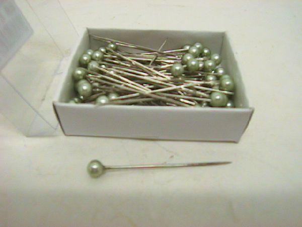 Nadel m.Perle GRUEN        x72/5 cm