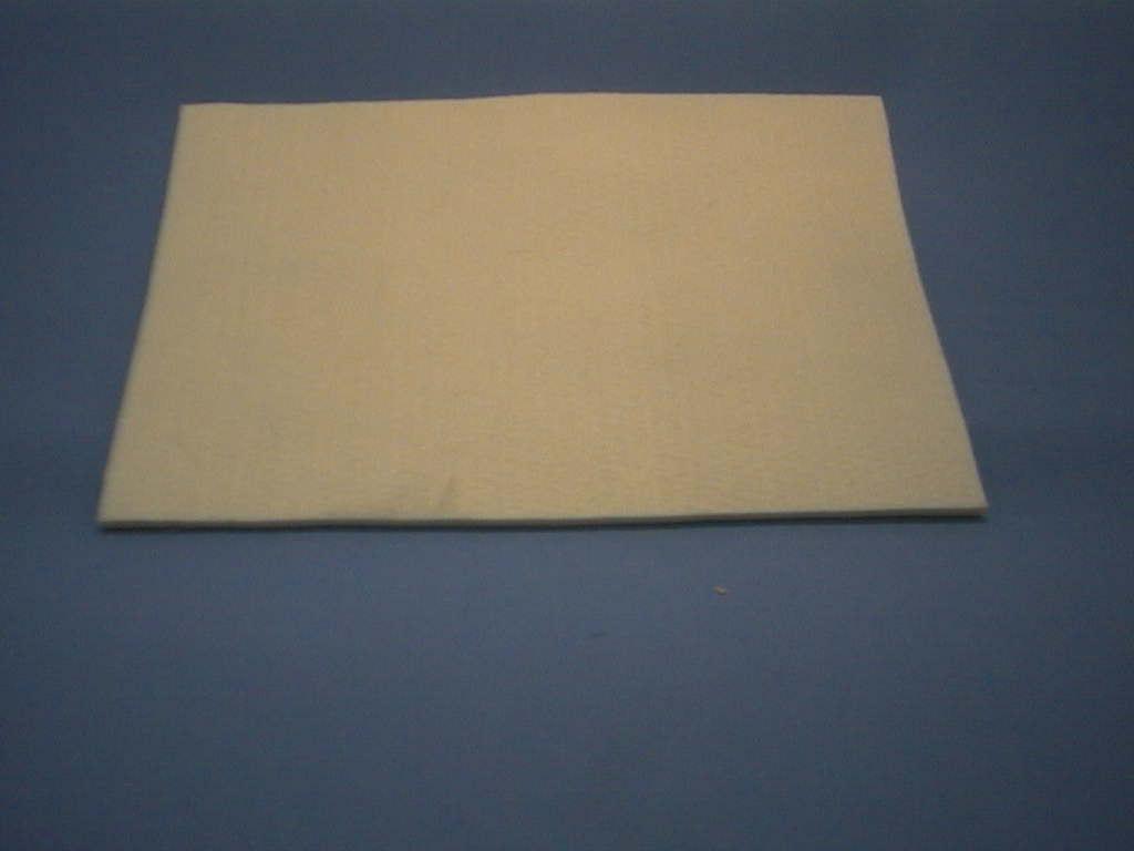 Filzunterlage eckig CREME        30x20 cm
