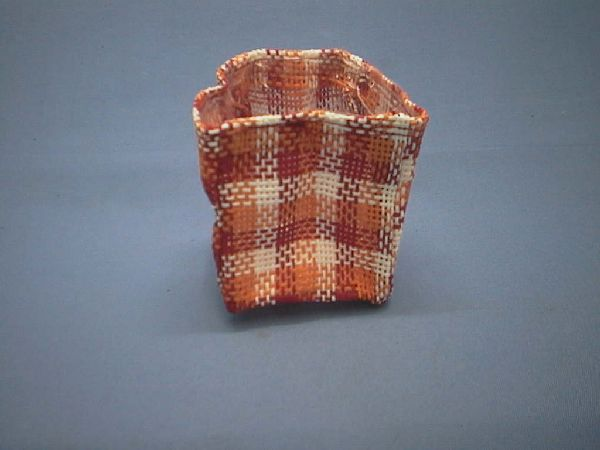 Jutekuebel kariert rot/orange/g 7x8cm