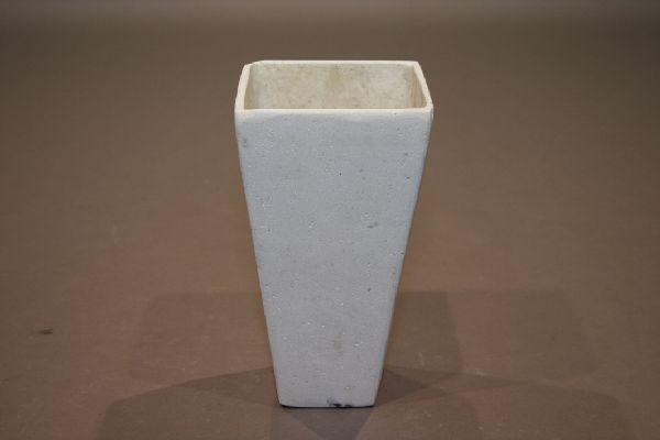 Stein-Pfl. ELEFENBEIN H Vase quadr.11cm