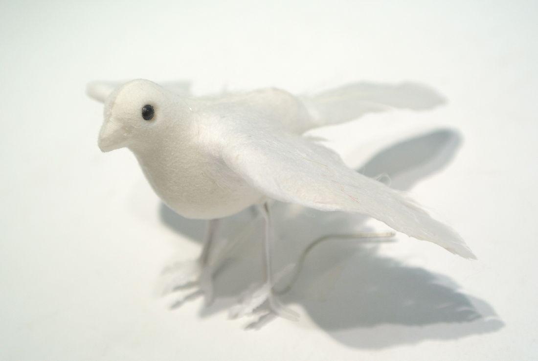 Hochzeitstauben WEISS 8cm fliegend