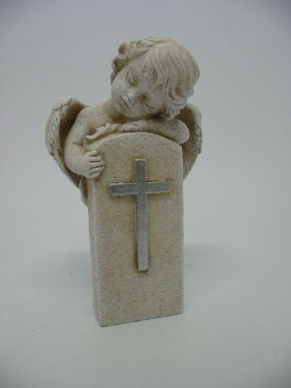 Engel am Grabstein stein-weiss  13326 mit Kreuz 12x7x5cm