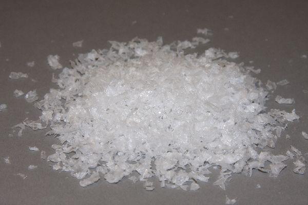 Schnee / Streuschnee WEISS ca.500 Gramm